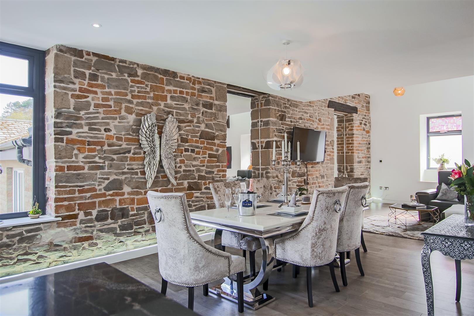 3 Bedroom Duplex Apartment For Sale - Image 28